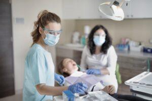Stomatolog chirurg Warszawa